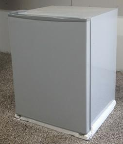 2.1 Cubic Foot Apartment Size Refrigerator, WITHOUT COMPRESS