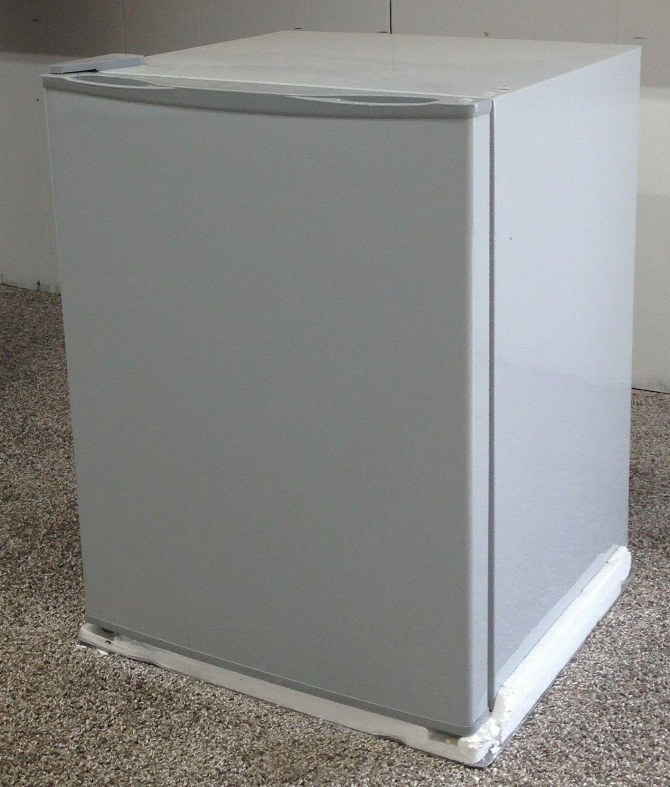 2 1 cubic foot apartment size refrigerator