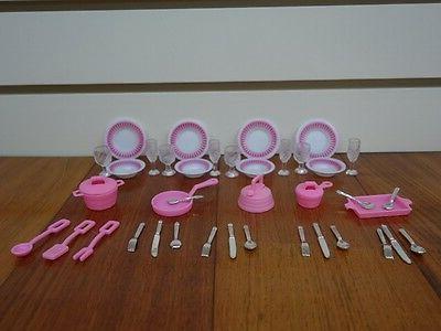 Gloria ,Barbie Furniture/ Utensil